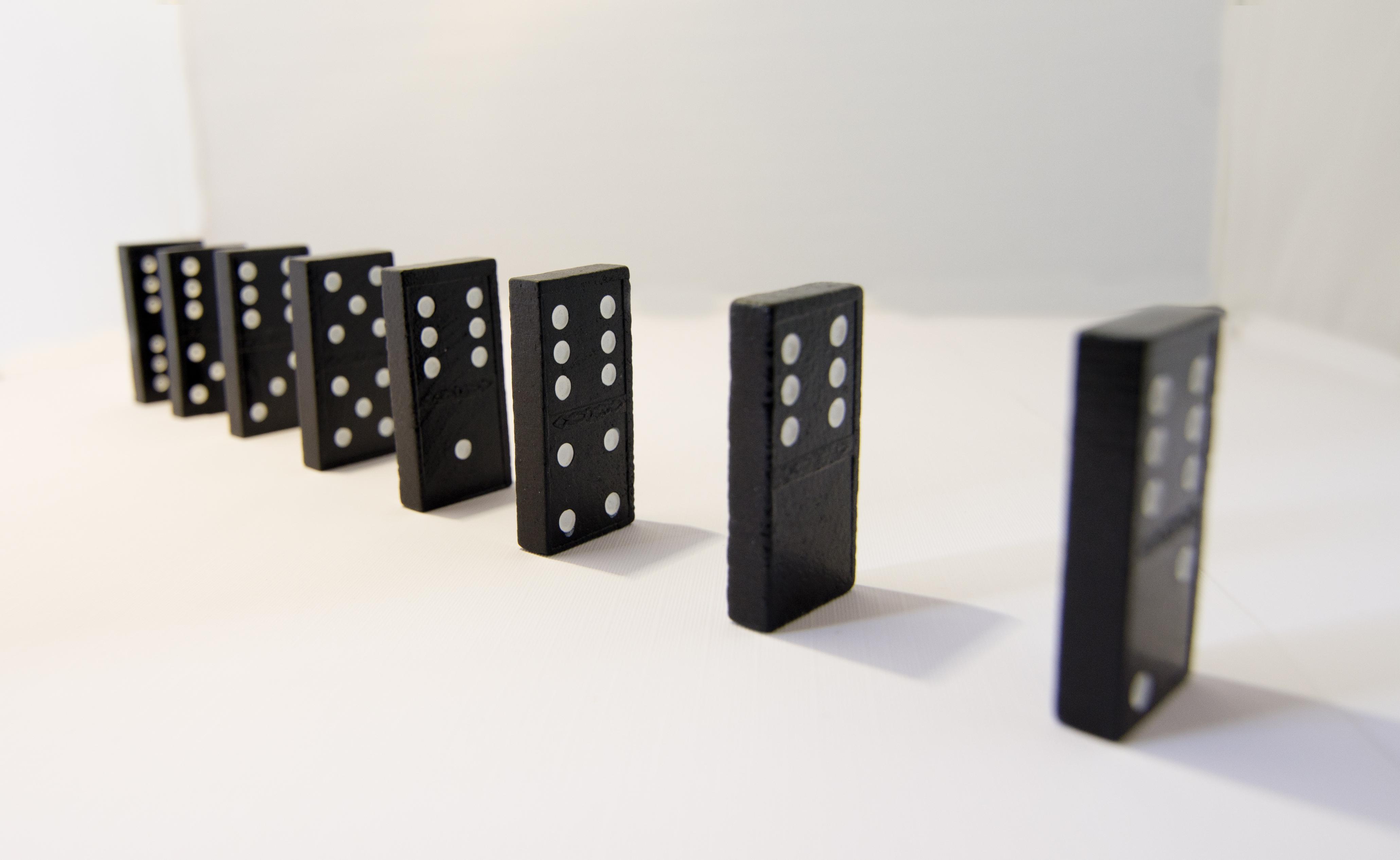 domino-chain-reaction jpgDomino Chain Reaction